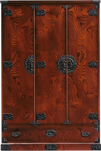 吉野民芸 洋服:日本の伝統的な家具を追求し、現代の住空間にあわせた「吉野民芸家具」