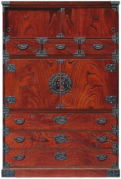 吉野民芸 和箪笥:日本の伝統的な家具を追求し、現代の住空間にあわせた「吉野民芸家具」