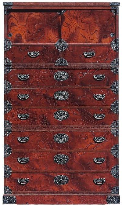 吉野民芸 昇り箪笥:日本の伝統的な家具を追求し、現代の住空間にあわせた「吉野民芸家具」
