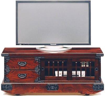 吉野民芸 引戸車箪笥:日本の伝統的な家具を追求し、現代の住空間にあわせた「吉野民芸家具」