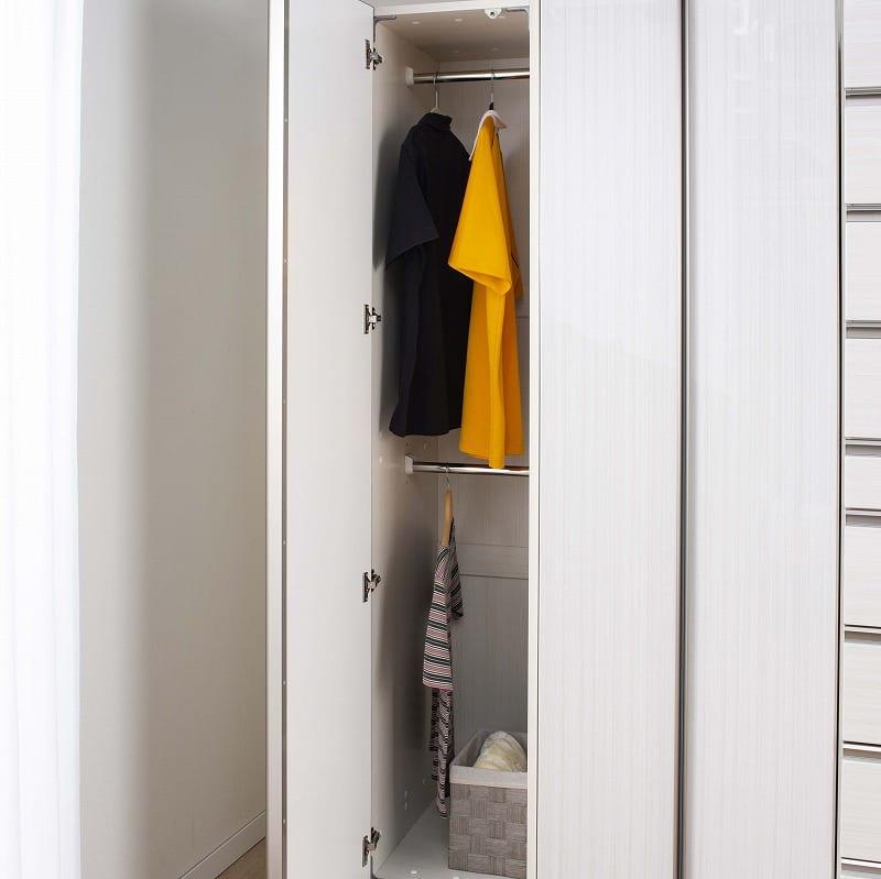 ケース 洋服タンス ワード 折戸 80 (R):スーツやコートが掛けやすいワードタイプ