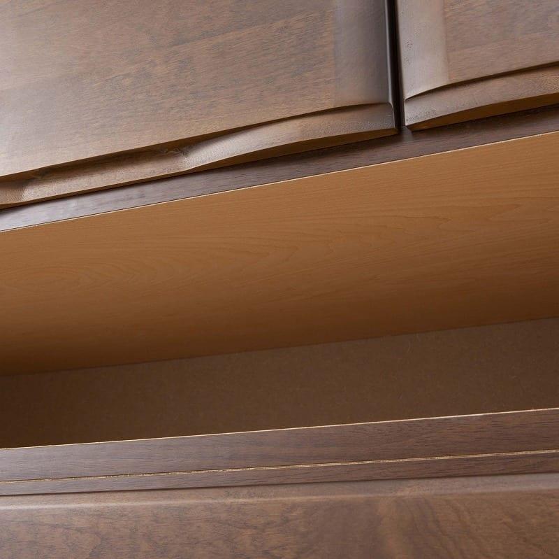ローチェスト ステルス 120-4L NA:強度を高める全段地板(スラセ)仕様