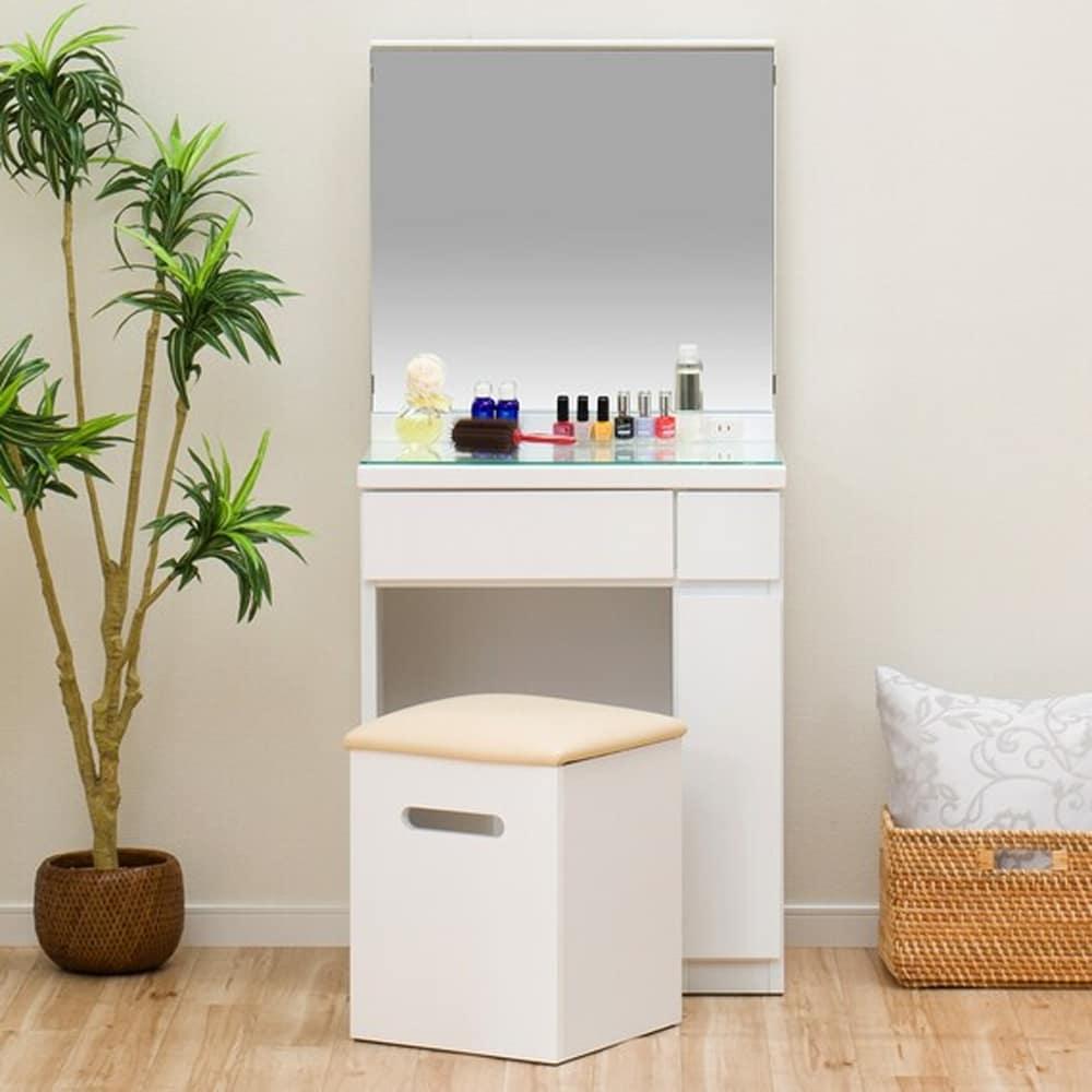 【ニトリ】 一面鏡ドレッサー フォウ WH ホワイト:他のアイテムとコーディネートしやすいシンプルなデザイン。
