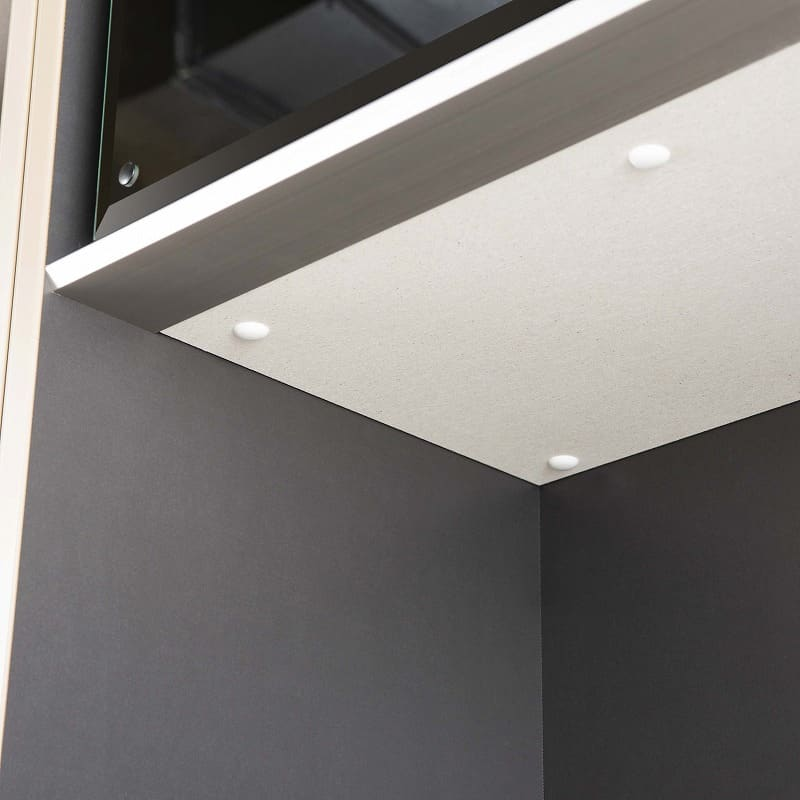 食器棚 サイゼスト 60ダスト (ブラック):カウンターと家電収納部天面にはモイスを標準装備