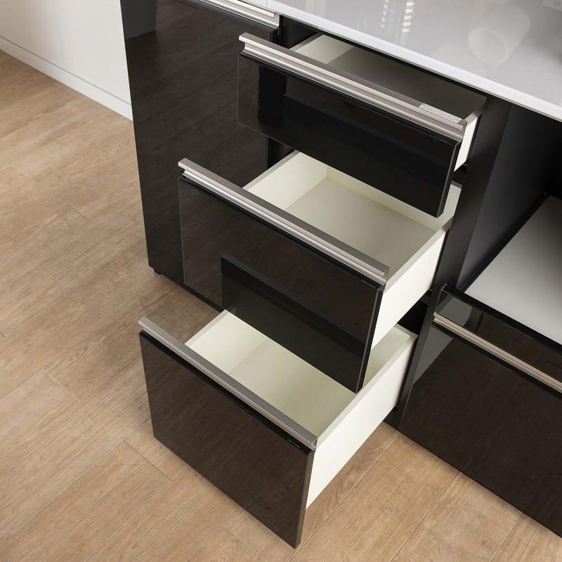 カウンター サイゼスト 130 (ブラック):高さのある食器類もしっかり収納