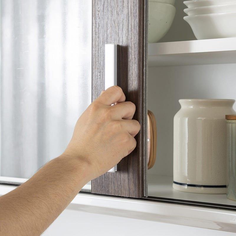 キッチンボード ティーノ140ハイタイプ (ホワイト):手を掛けやすいデザイン