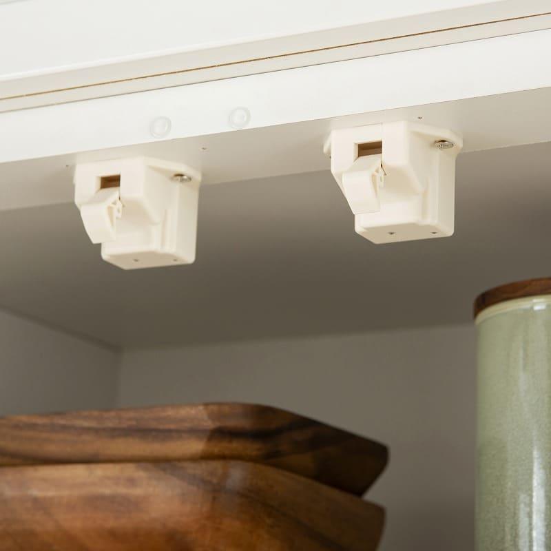 食器棚 ペレットβ 60OP3段(ホワイト):耐震ラッチ仕様のガラス扉