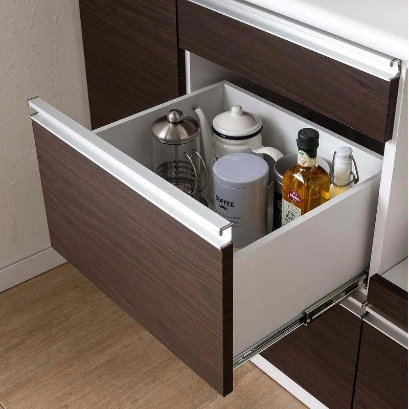 食器棚 ブルート ロータイプ140(WH柾目):高さのある食器類もしっかり収納