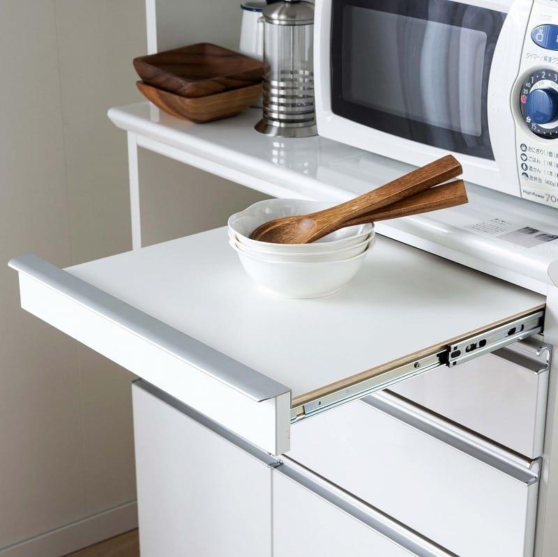 食器棚 ライズ 90大引き戸 WH:チョイ置きに便利なスライドテーブル