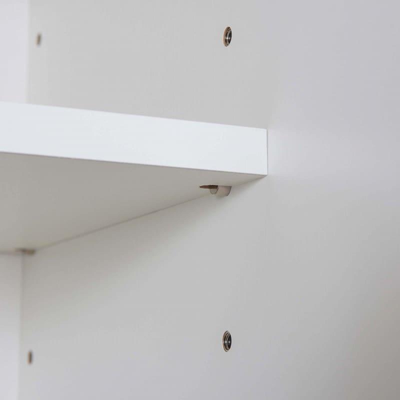 食器棚 ライズ 90大引き戸 DBR:6cmピッチで調節可能な棚板