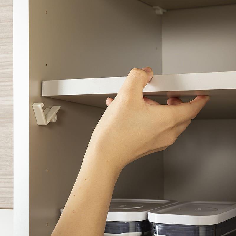 サイドキャビネット アーバンUQ−Y40SBR:棚板の位置も調節可能
