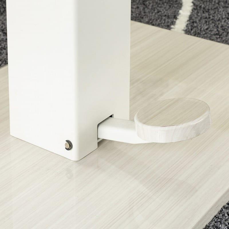 昇降式LDテーブル ノルディ135:丸みのあるペダルデザイン