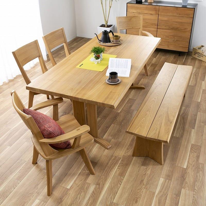 ダイニングテーブル ハーグ 180テーブル AT:木の風合いを楽しめるシンプルな佇まい