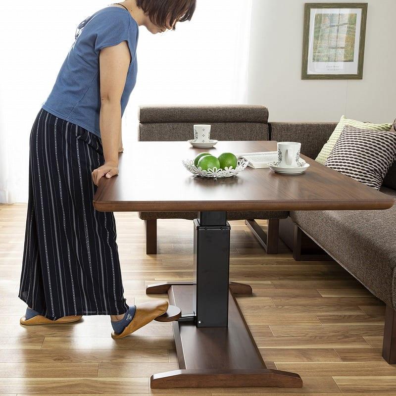 LDチェア クロスタイム/サボナ�U コーナーチェア WH・WN:テーブル天板はガス圧昇降式