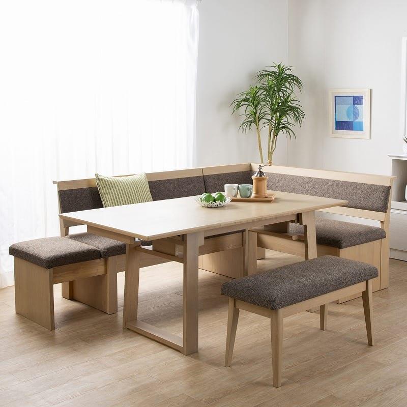 LDチェアベスト/ジャスト 140カウチ(L):テーブルを囲んでワイワイ♪