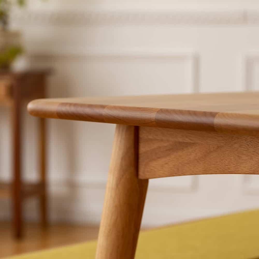 ダイニングテーブル リーフパーク 125 DT NA:無垢の温かみ