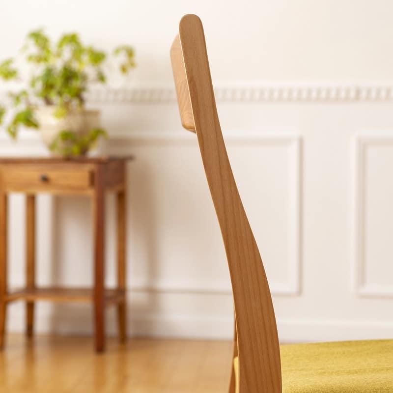 ダイニングベンチ替えカバー リーフパーク ベンチ用 イエロー:背もたれの曲線美