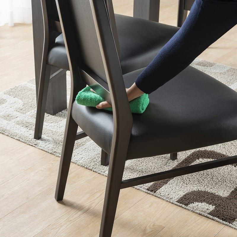 ダイニングテーブル セーヌ�Uテーブル 天板WH/脚BK:ゴミがたまる心配もありません
