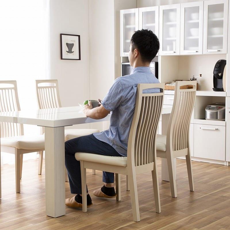 ダイニングテーブル ロレンス 180テーブル:ハイバックで快適