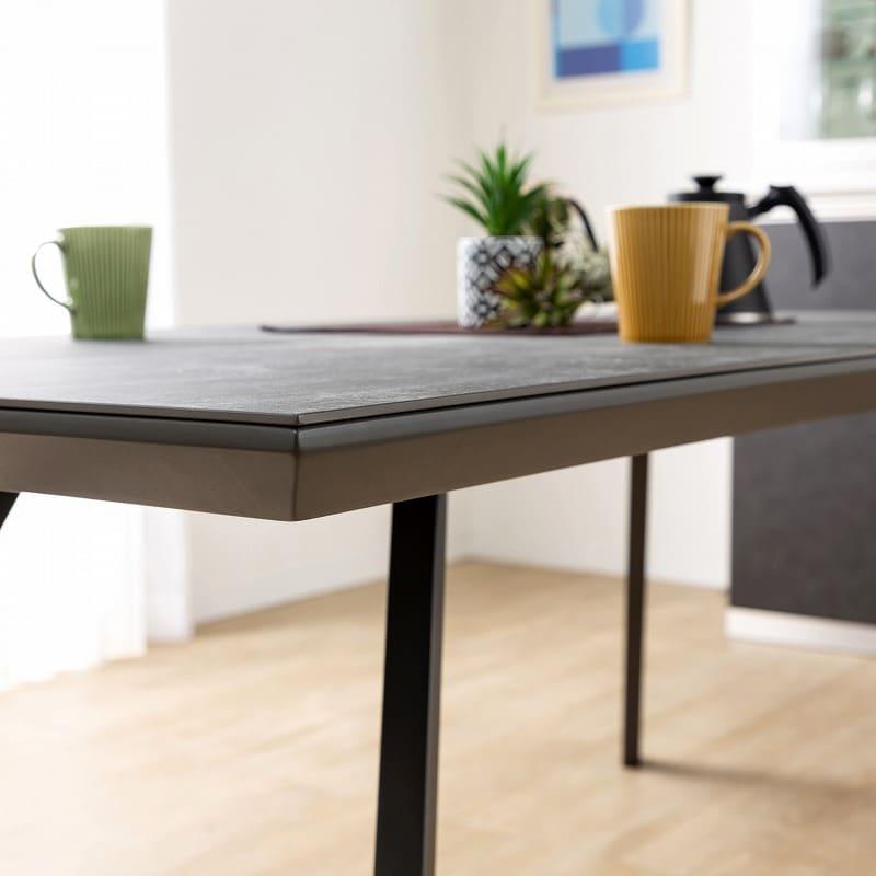 ダイニングテーブル ガリシア165DT 2本脚 BK天板:天板のセラミック部分は6mmの厚さ