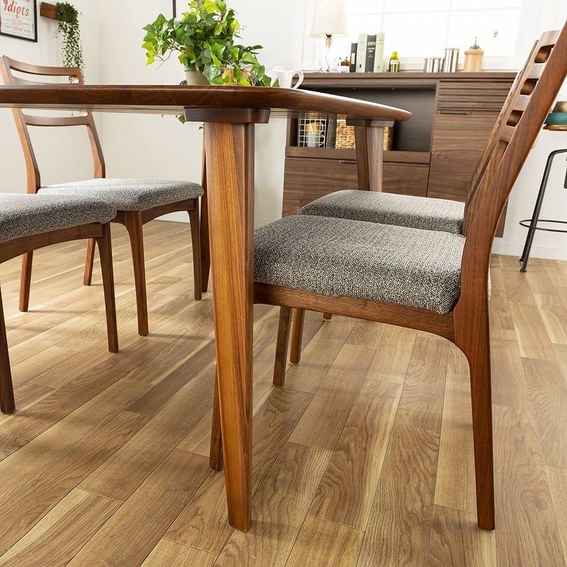 ダイニングテーブル CWT−002 幅140 WN(ウォールナット):脚の形が特徴的