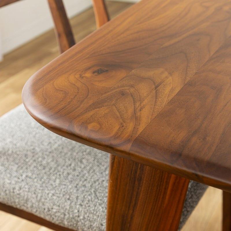 ダイニングテーブル CWT−002 幅140 WN(ウォールナット):天板角には丸み