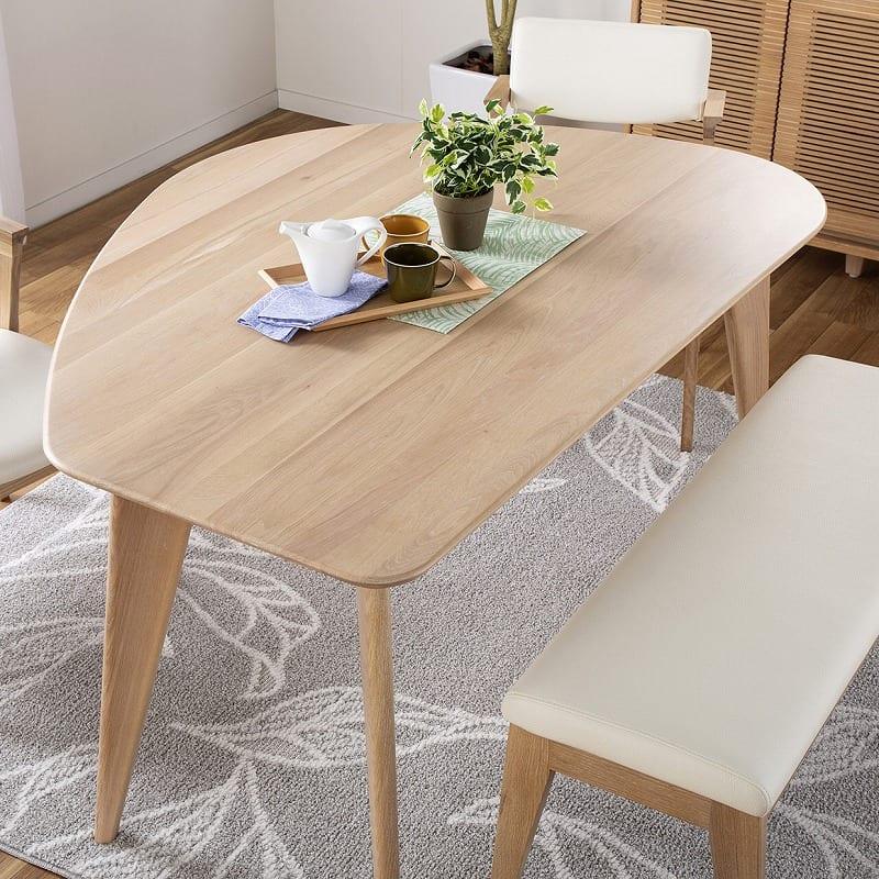 ダイニングテーブル CWT−004 R OAK(オーク):特徴的なデザイン