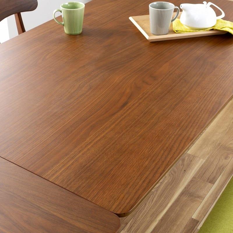 木製デスク(ライト付) クオーレ WN/ライトBK:落ち着いた雰囲気のなめらかな天板