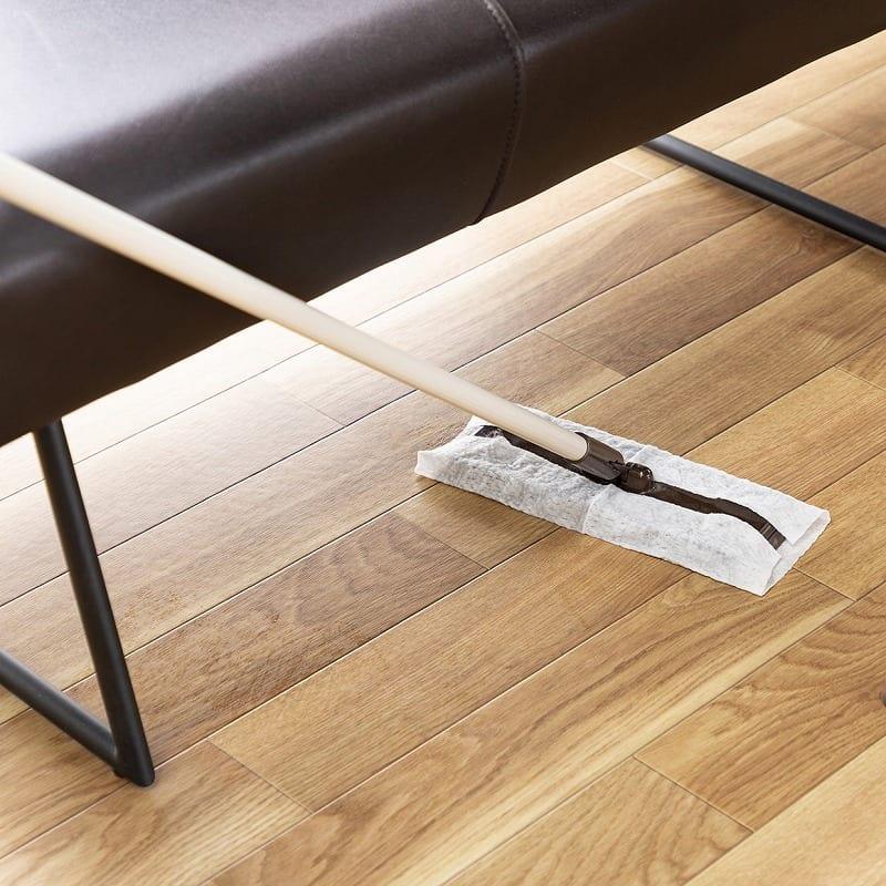 LD3点セット マルクト テーブル/3人掛けソファ/片肘シェーズ (ウォールナット/LR23ローストBR):掃除しやすい高さ
