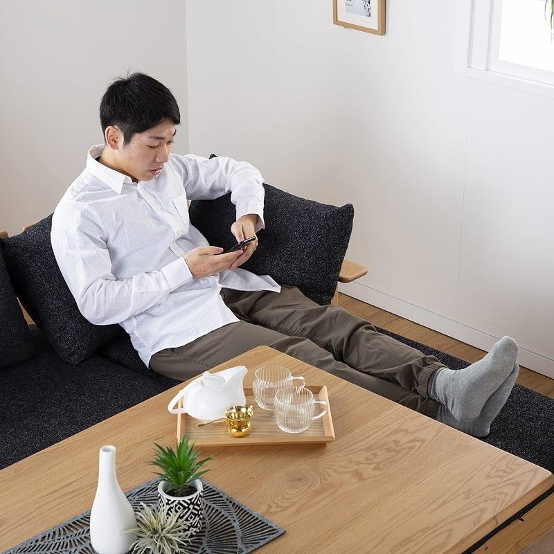 LD6点セット W/Oセレクト(LDテーブル/LDベンチクッション2個付×2/バックレストS/バックレストL/オプション肘)NR・TMNV:足を伸ばして寛ぐこともできます!