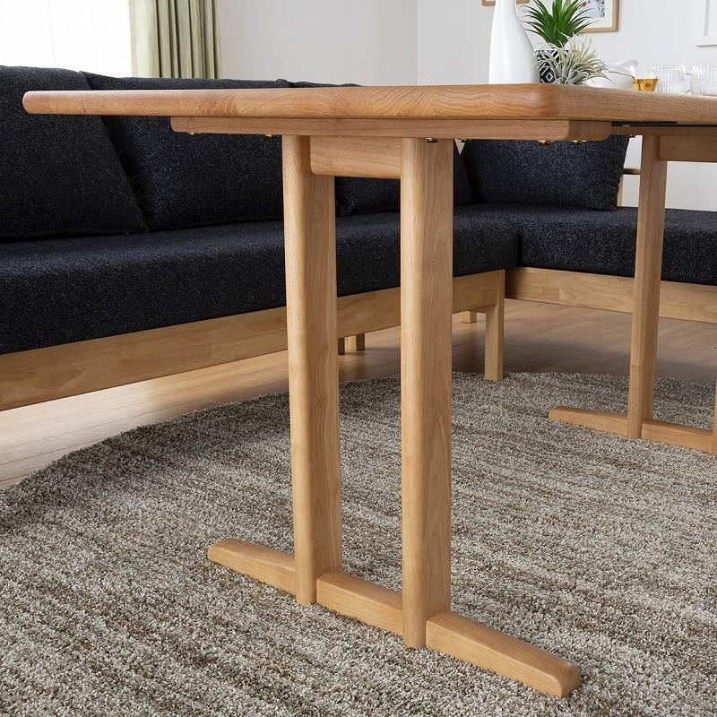:テーブルの高さ調節可能