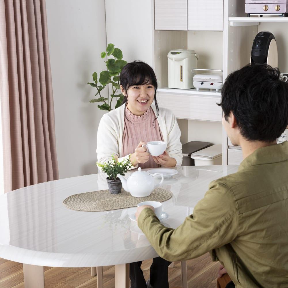 ダイニングテーブル カルバ160テーブル R WH:コミュニケーションが取りやすい変形テーブル