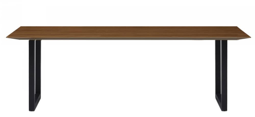 ダイニングテーブル ラテ210テーブル直線 BK:《シャープソリッド使用で無垢本来の質感や深みを演出》