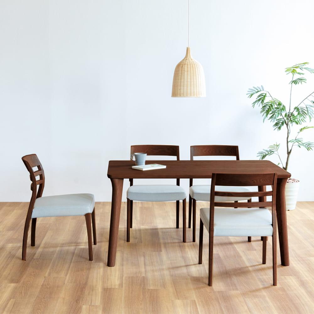 ダイニング5点セット SD−9404(135)−C カフェオーク/マニエ2173:ダイニングテーブルの天板は、両面UV塗装
