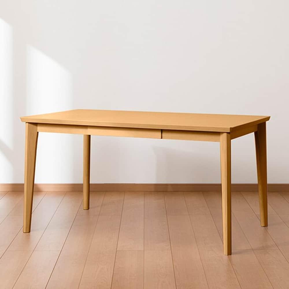 【ニトリ】 ダイニングテーブル DT ロレイン5H 135 LBR ライトブラウン:ナチュラルな雰囲気を高める鮮やかな木目のダイニングテーブル