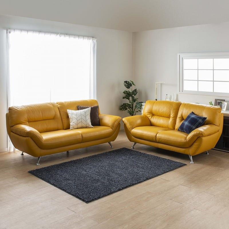 2.5人掛けソファーDIO (ホワイトBV3600):やや硬めの座り心地ぐらいがちょうどいい