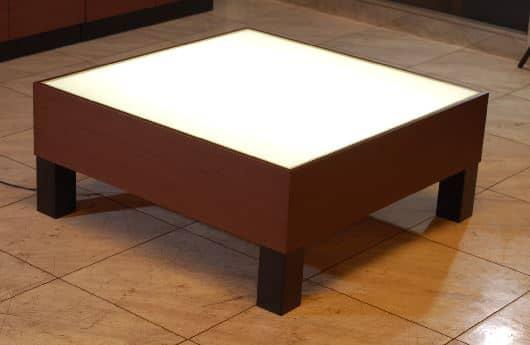 センターテーブルムーン�U90 ウエンジ色:《光に包まれ居心地を求めたリビング「ムーン�U」》