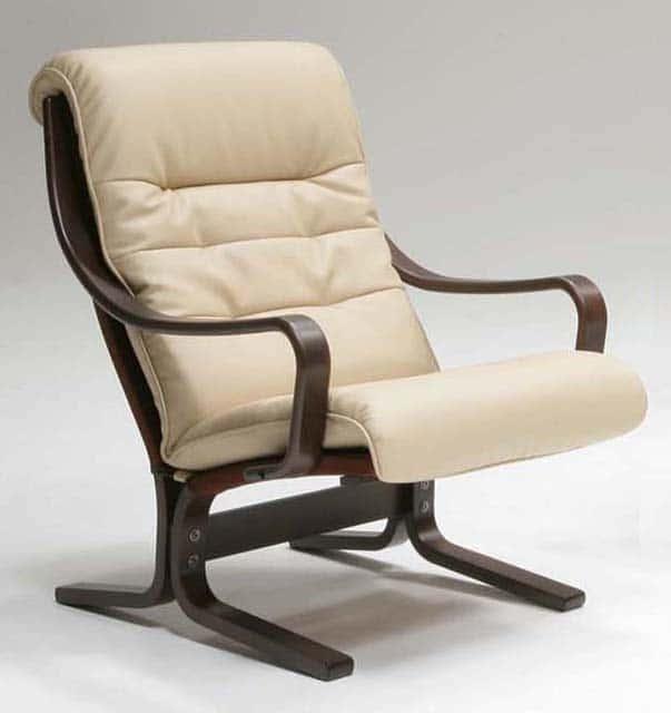 1人掛椅子(両肘)ストリーム L08290A VAHR21:《圧迫感のない、ゆったりとした掛け心地のリビングチェア》
