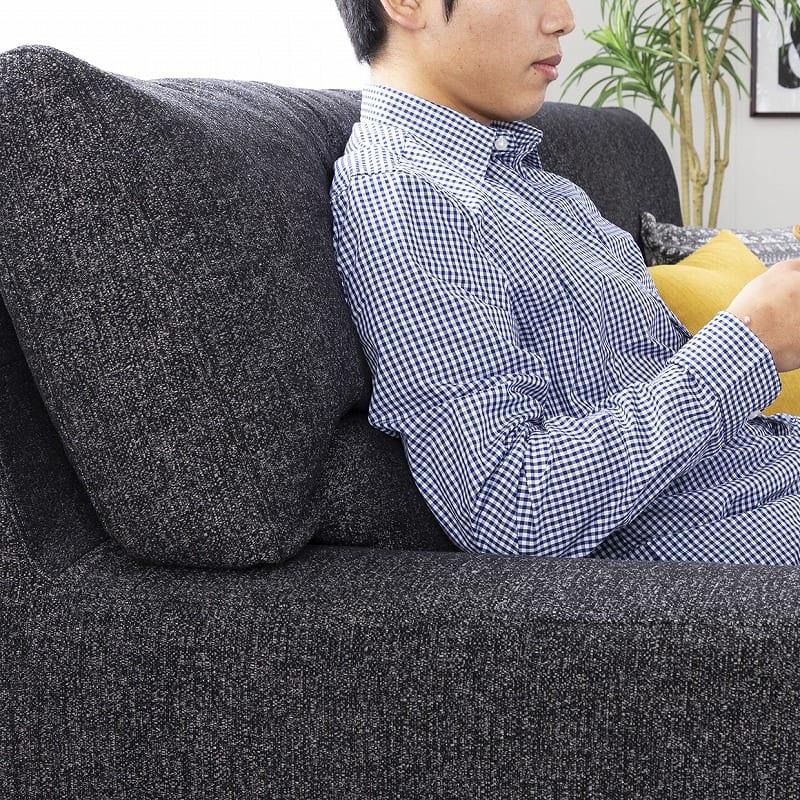 2.5人掛けソファー ハイタイプ 硬さハード Foam05:安定感のある幅広アームレスト