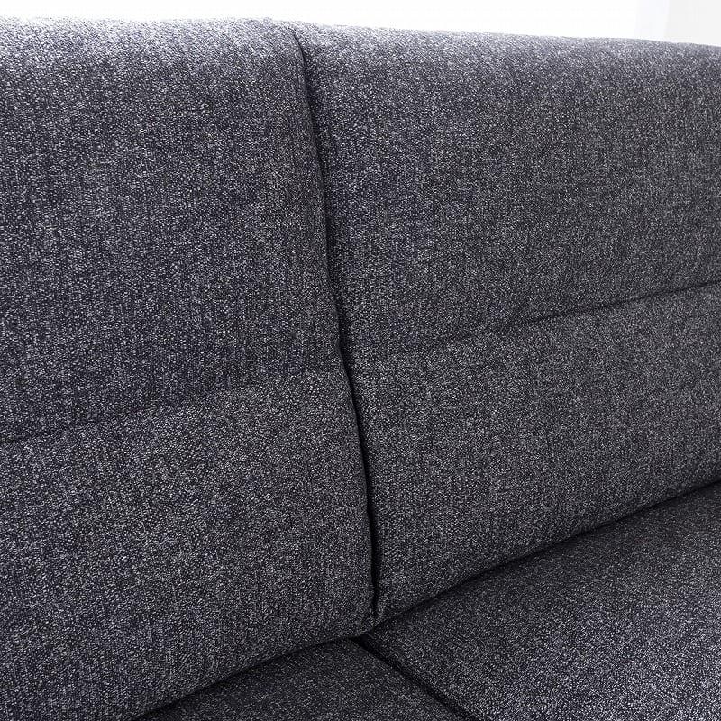 2.5人掛けソファー ハイタイプ 硬さハード Foam05:立ち上がりやすい脚元空間