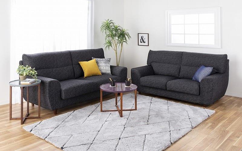 3人掛けソファー ハイタイプ 硬さハード Foam05:選べる座り心地と景観に馴染むシンプルスタイル