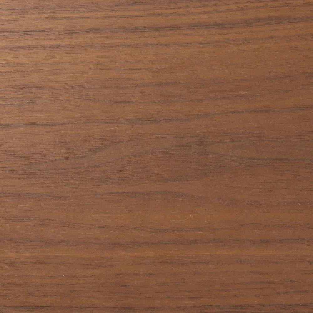 :落ち着きのある木天板