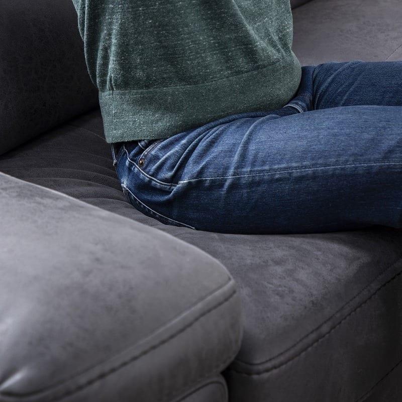 シェーズロングソファー 左カウチ プレーゴ(ブラック):もっちりの座り心地