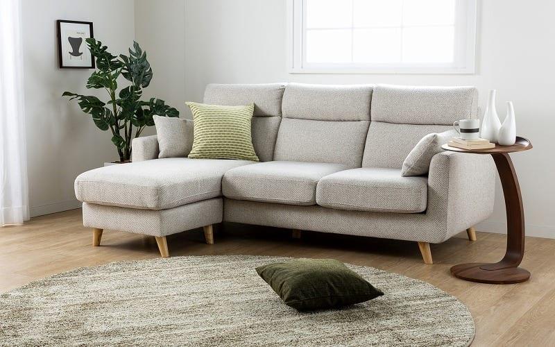 :ソフトな掛け心地のソファ