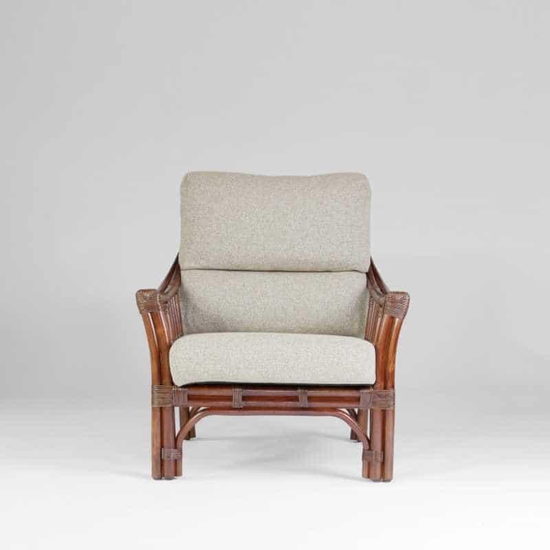 1人掛けソファー サリオス 01−0515−FS WN/#02ベージュ:ラタンとマホガニーの脚を組み合わせてスッキリとしたデザイン