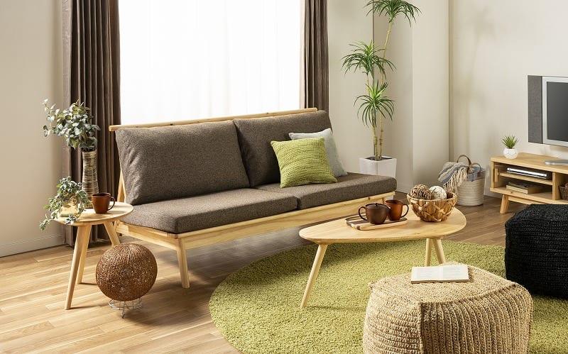 :国産檜無垢材にこだわった、贅沢ソファ