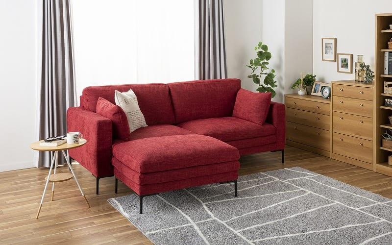 :10年保証の耐久性と安定した座り心地のソファ