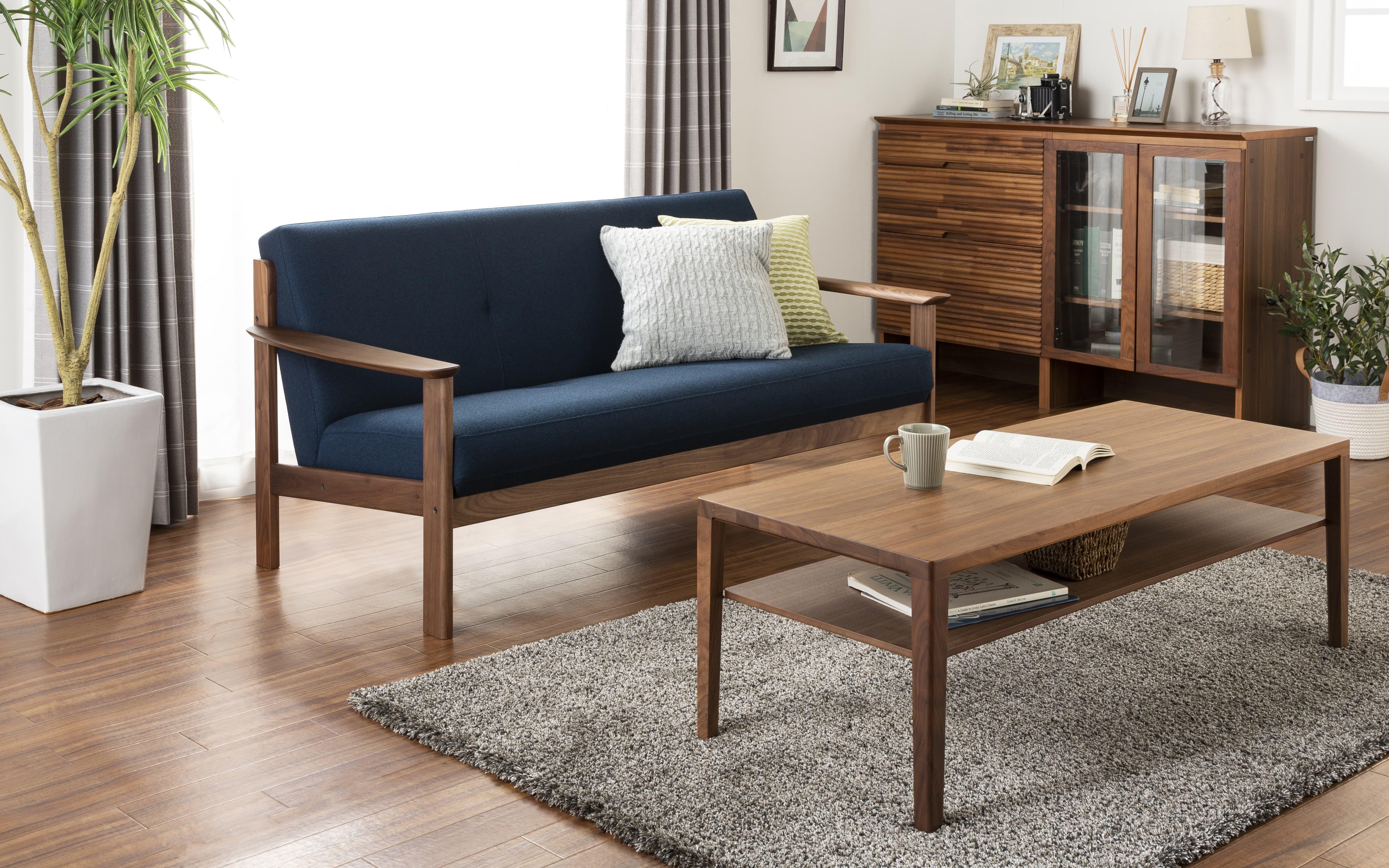 :世界3大銘木の木材を使用しているソファ