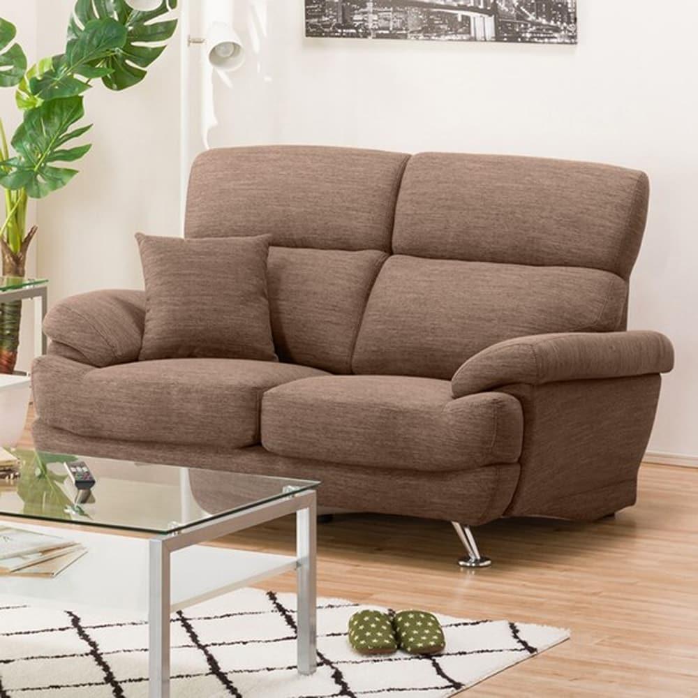 【ニトリ】 2人掛けソファ(クッション1個付) Nポケット A13 DR−DMO ダークモカ:座面には横になってもベッドような心地良さのポケットコイルを使用。