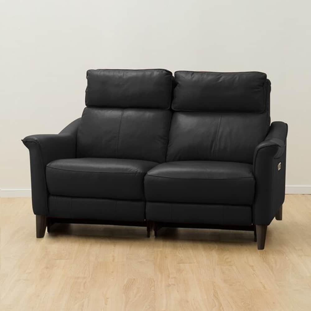 【ニトリ】 2人掛けリクライニングソファ チェリーブ 両電動 革:NB ブラック:表面強度のあるしなやかな革を使用。